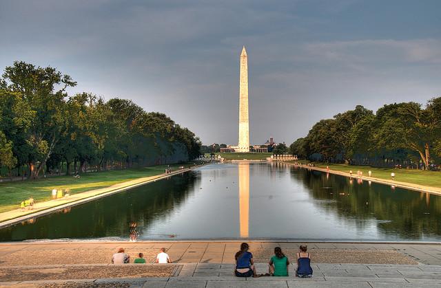 Washington-Monument-w-Pool.jpg
