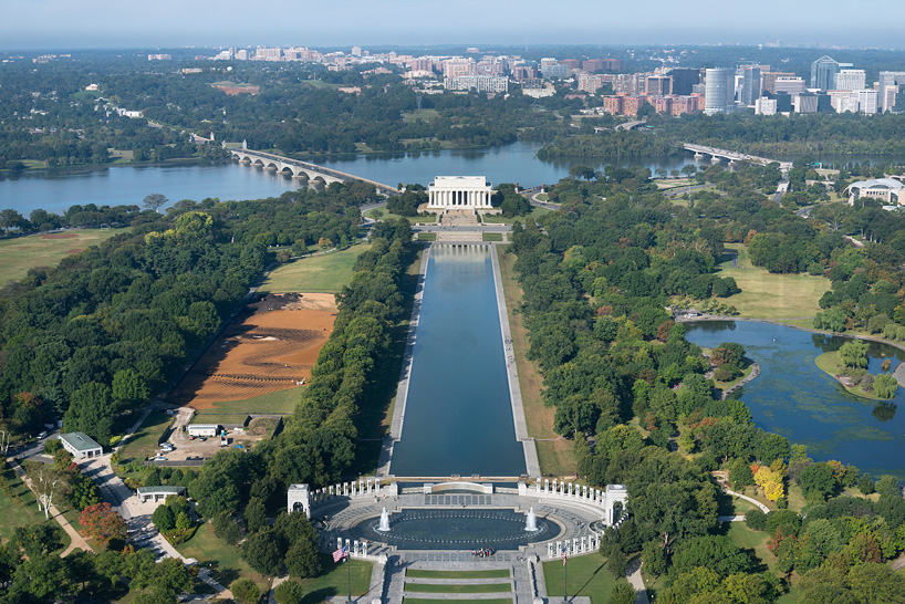 jorge-rodriguez-gerada-out-of-many-one-national-mall-designboom-03.jpg