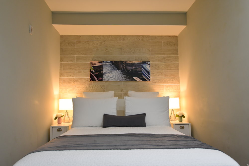 2.Bed.JPG
