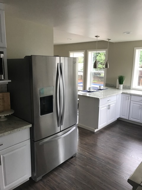 Redwood Rd. Kitchen 2.JPG
