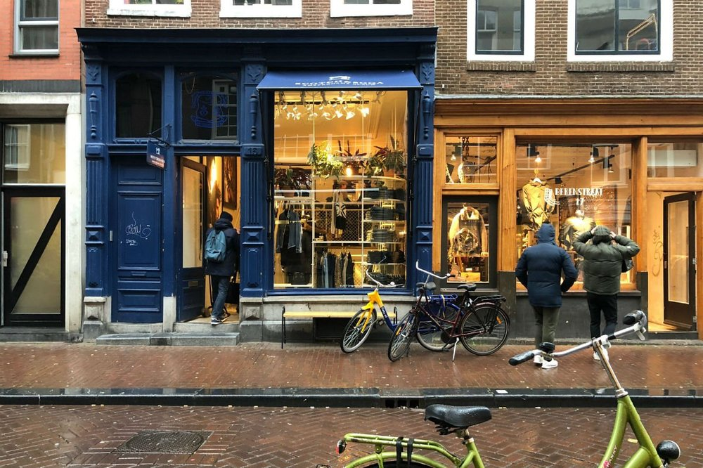 Da Straatjes shopfronts. Photo by Erica Firpo