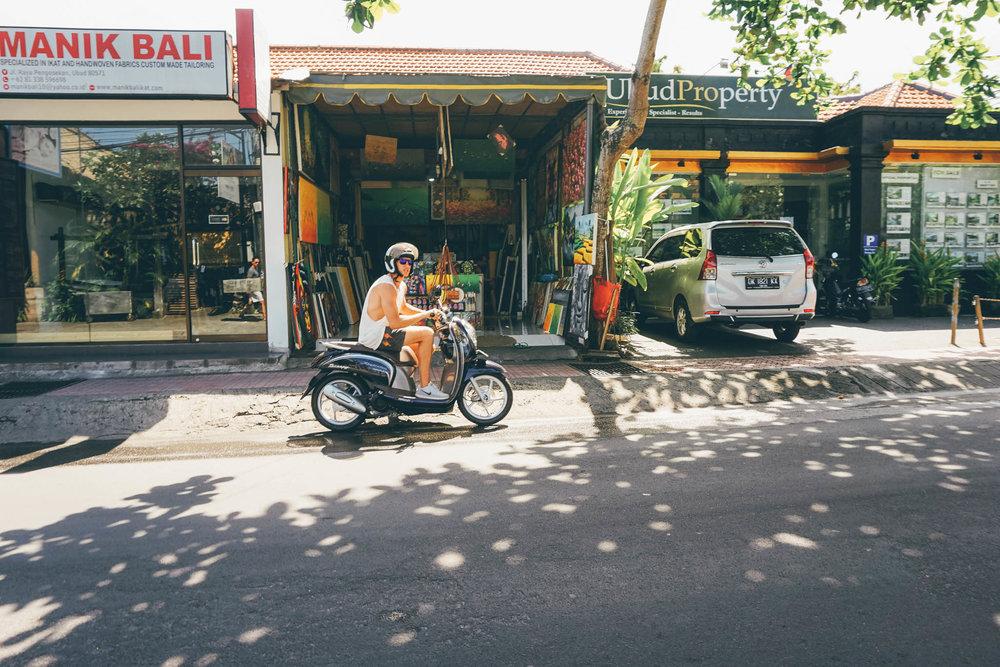 Mike Scooter Bali.jpg