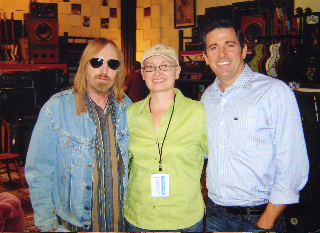 Tom Petty spent the day in his private studio  while #dreamfoundationfounder watched with a full heart.