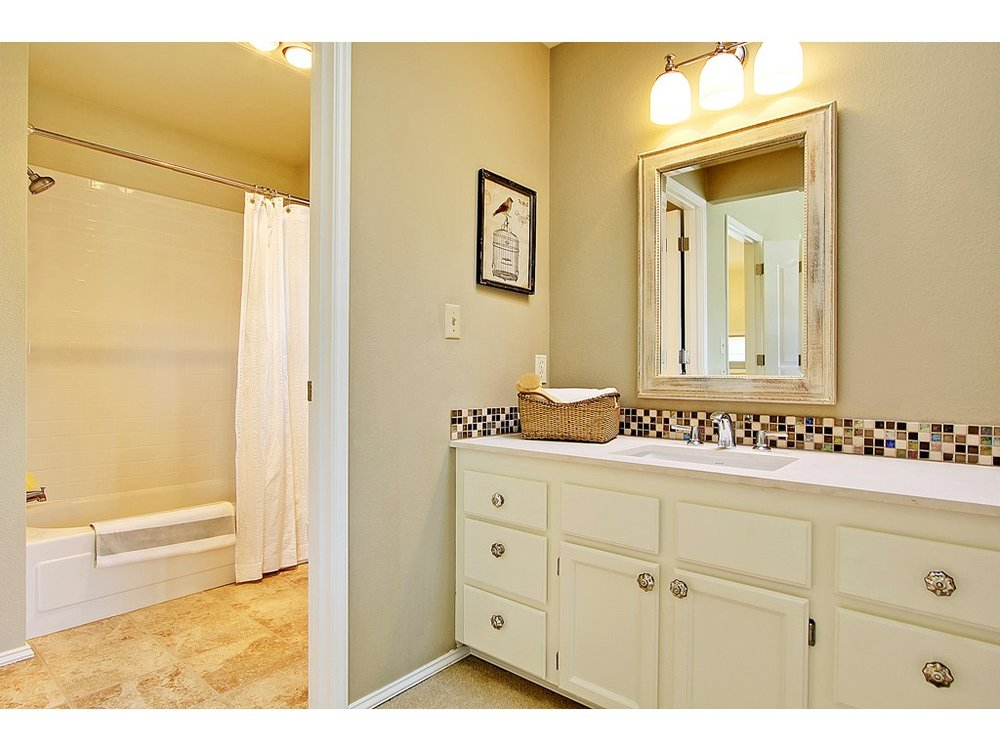 Canfield master bath.jpg