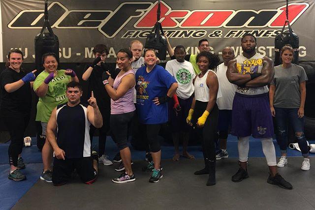 Amazing kickboxing class❤️ I love our gym ❤️❤️❤️❤️❤️ Defkon1 Babe 👏👏👏👏👏