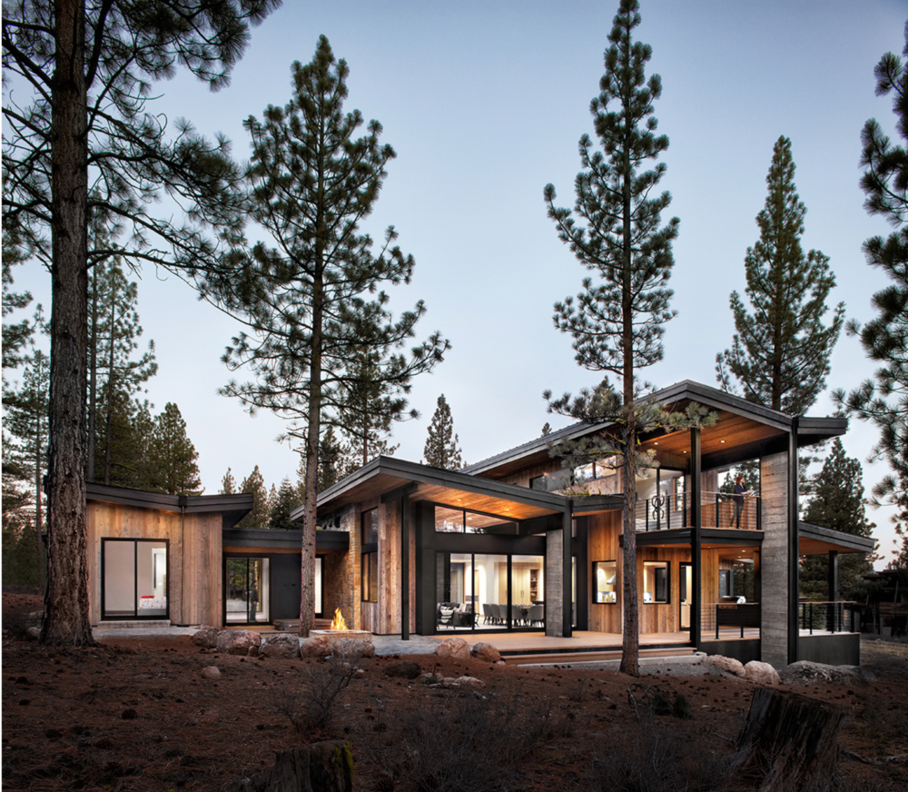 Photo Credit: Lisa Petrole // Architect: sagemodern // 4600sf, 4 beds, 5 baths, 6 modules plus site-built great room and garage