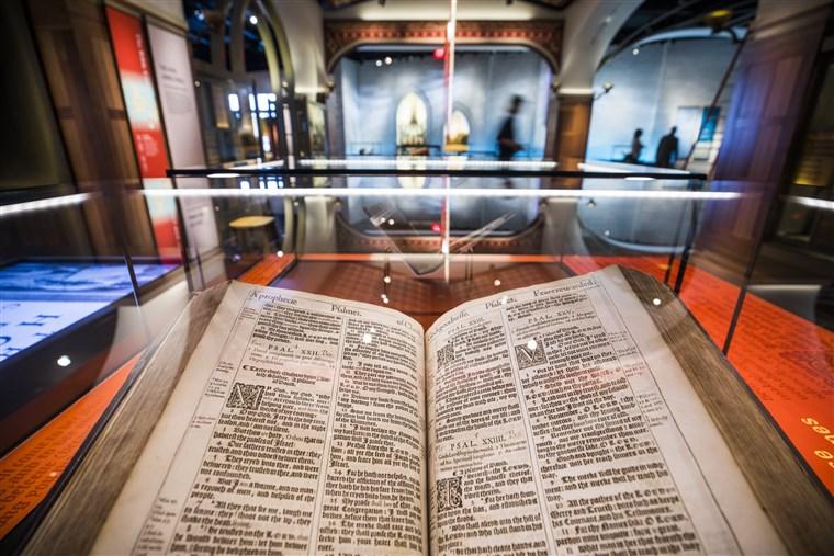 171117-museum-of-bible-king-james-ew-1256p_d0e0ea62d831fc71a775e6c7816fee38.fit-760w.jpg
