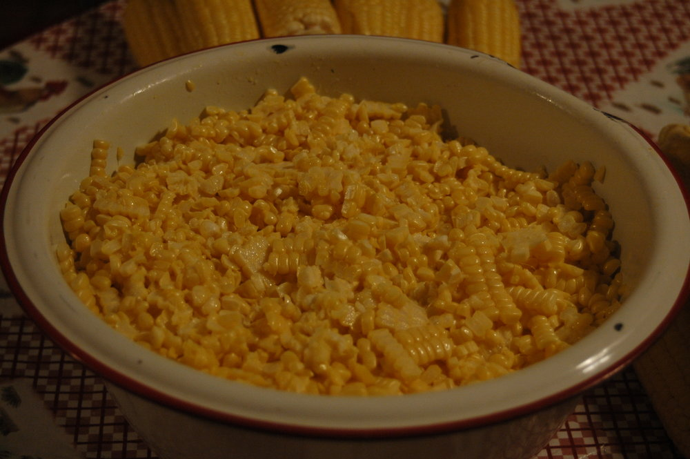 Putting up corn 08-13 (12).JPG