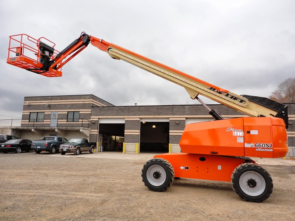 JLG 660 Telescoping Boom