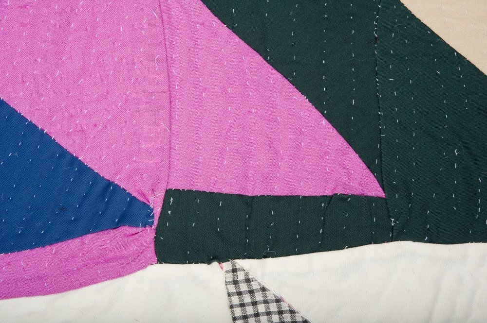 strip quilt with triangles 1940s-1950s usa.jpg