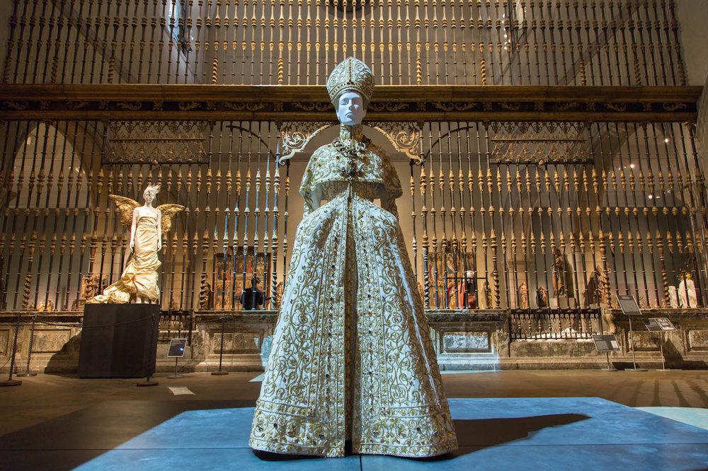 Gallery view, Medieval Sculpture Hall (image © the Metropolitan Museum of Art)