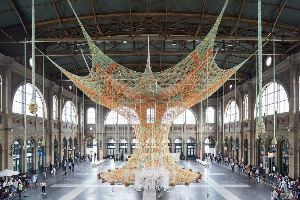 "Ernesto Neto, ""GaiaMotherTree"" (2018) at Zurich Main Station, Fondation Beyeler, photo by Mark Niedermann"
