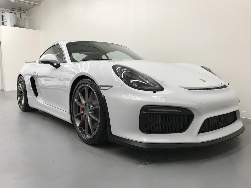 2016 Porsche GT4 7k miles