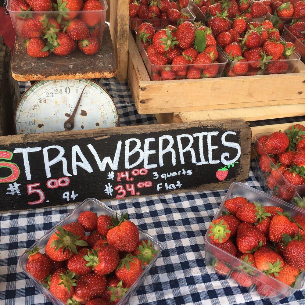 june_farmersmarket
