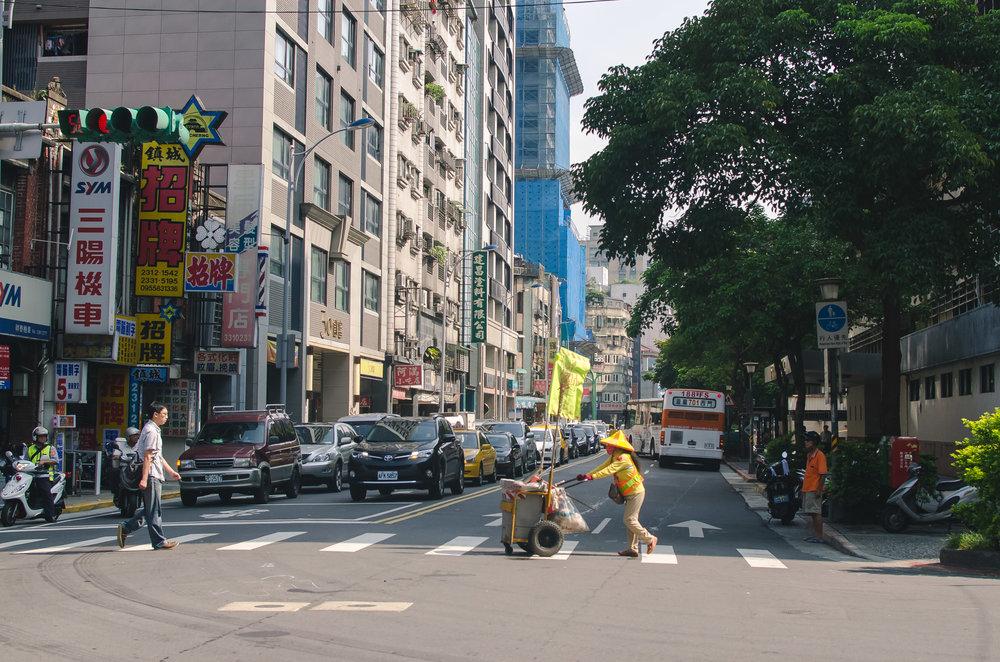 Wandering the streets of Ximen