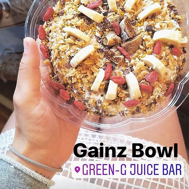 All of our bowls are made with intention & love. @foodfromtheheart knows that every details matters: from quality ingredients to how it is served 💚!