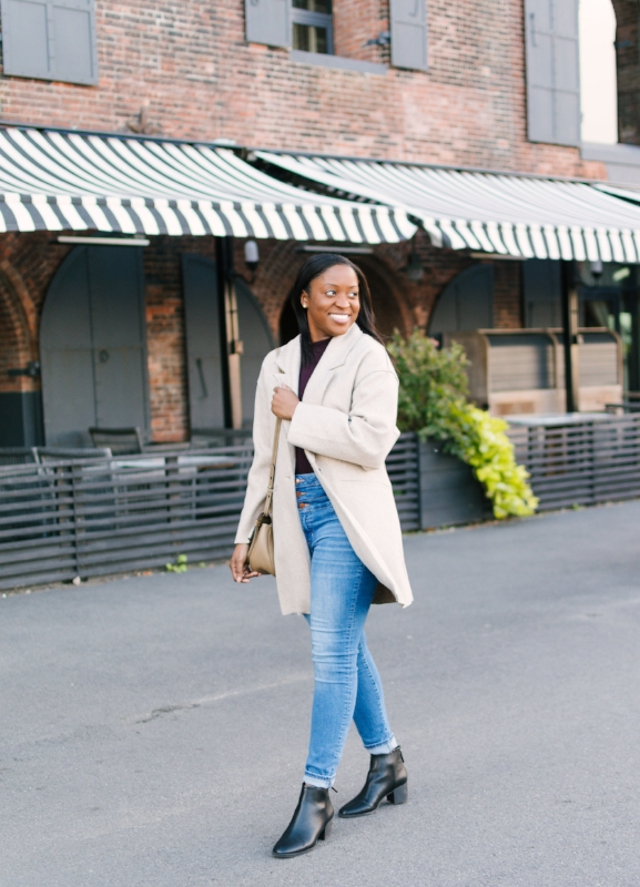 Cozy Fall Fashion Inspiration | Fall Sweaters | Crossbody Purse | Outfit Inspiration