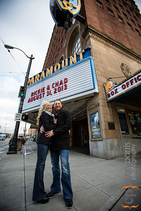 Seattle-engagement-portraits-at-Paramount-001