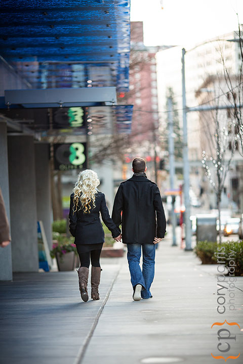 Seattle-engagement-portraits-at-Paramount-009