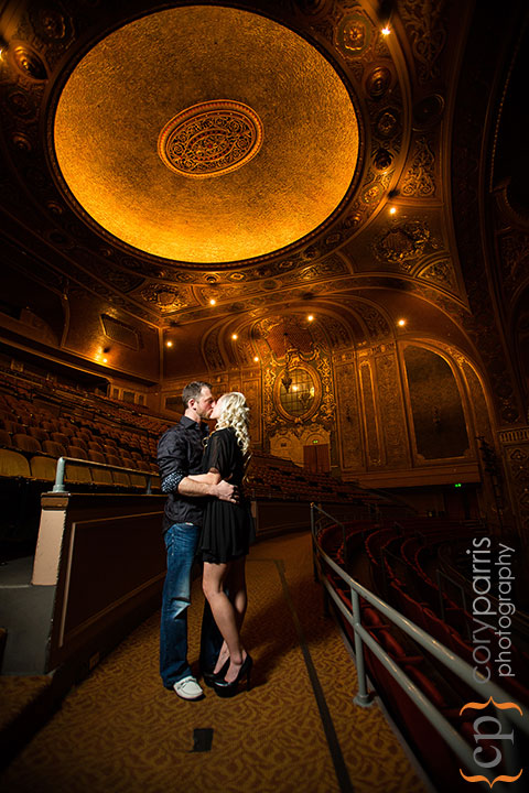 Seattle-engagement-portraits-at-Paramount-012