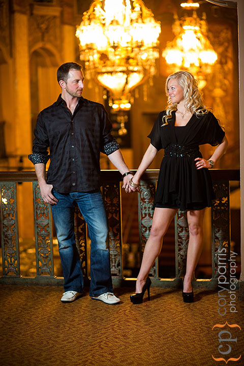 Seattle-engagement-portraits-at-Paramount-014