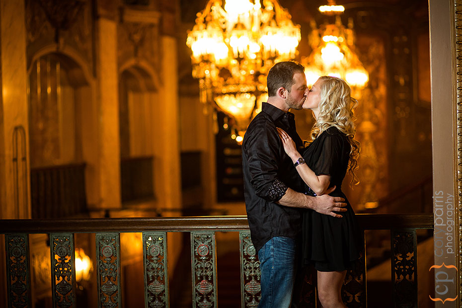 Seattle-engagement-portraits-at-Paramount-028