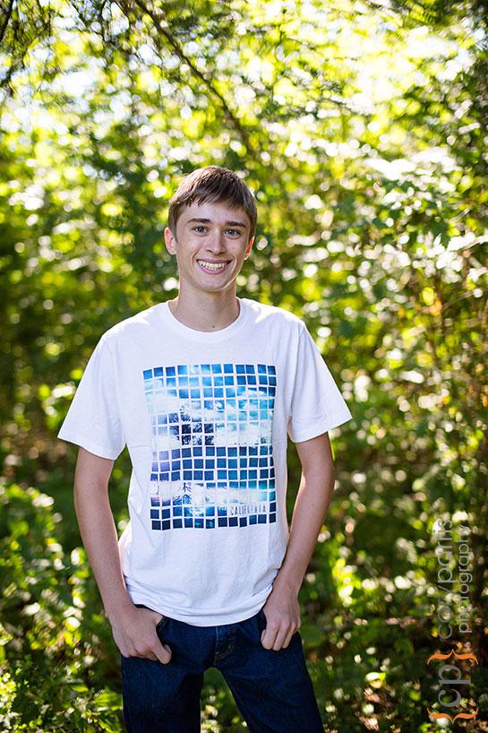 senior portrait in woodinville