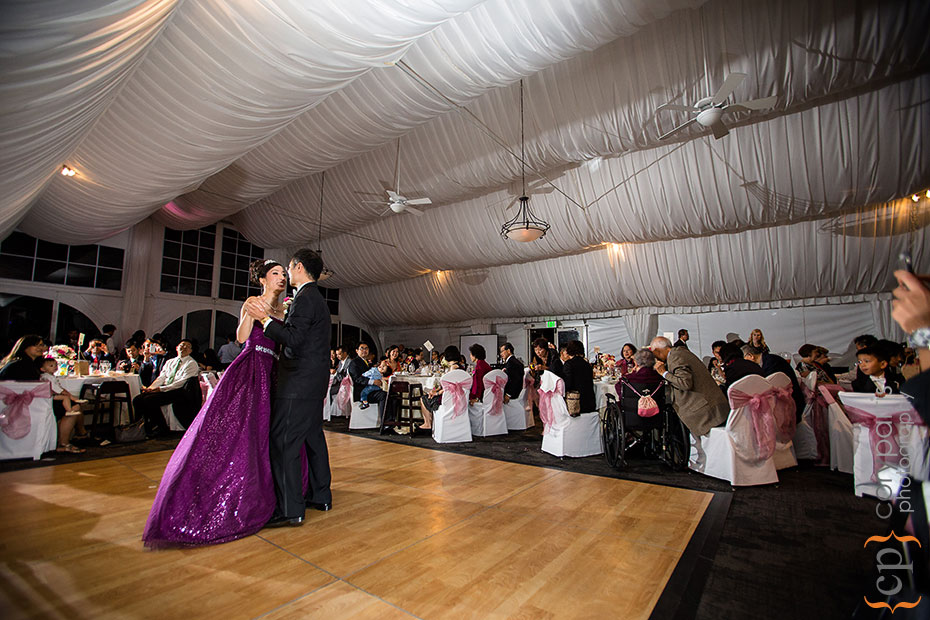 bride and groom dancing at golf club at newcastle wedding
