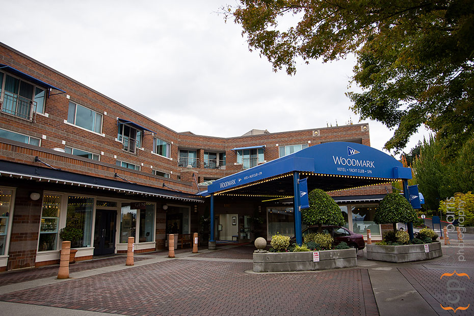 The outside of the Woodmark Hotel