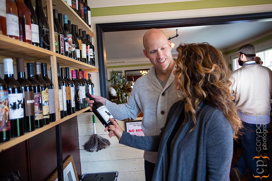 Couple buying wine at Jantee Bistro and Bottle Shop