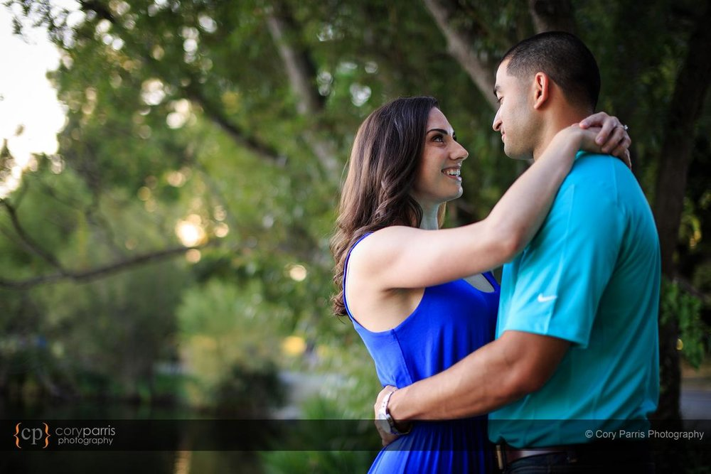 035-green-lake-engagement-portraits-seattle