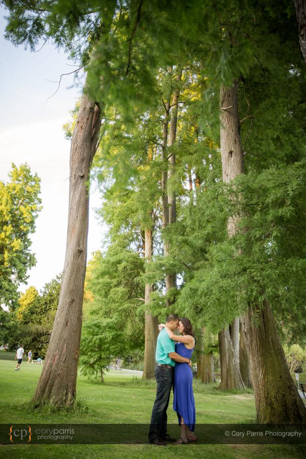 042-green-lake-engagement-portraits-seattle