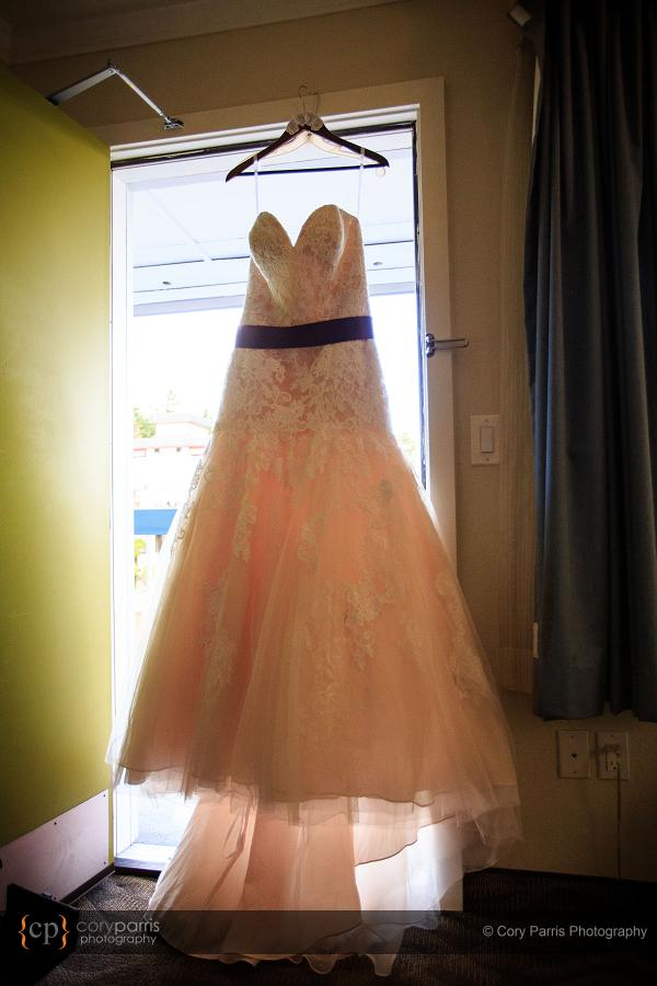 Martina's dress had a pink underliner that showed through when the light was right.