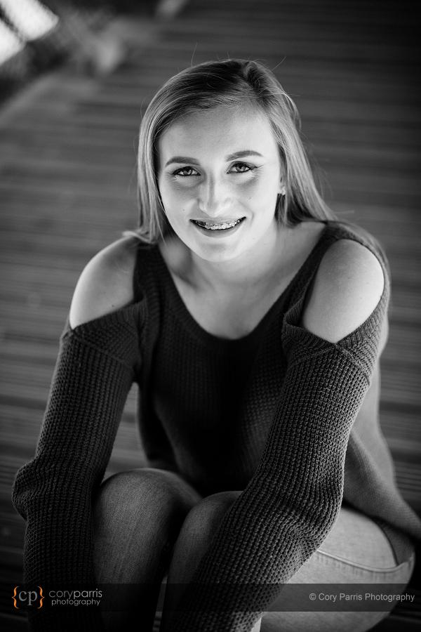 002-senior-portraits-snoqualmie