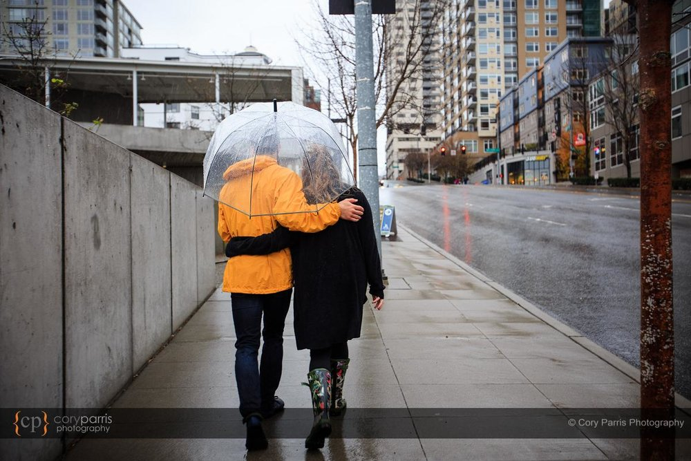 001-rainy-engagement-portraits-seattle