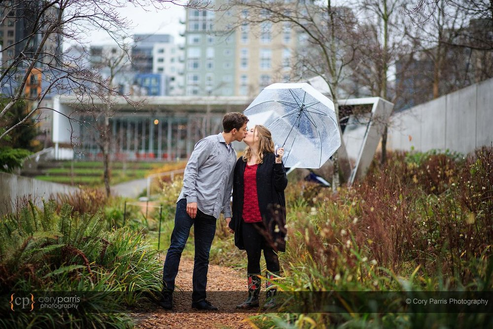 012-rainy-engagement-portraits-seattle