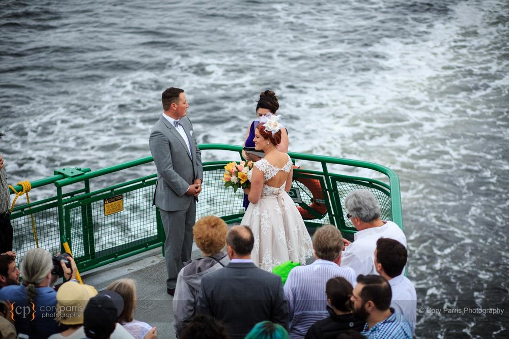 018-seattle-ferry-wedding