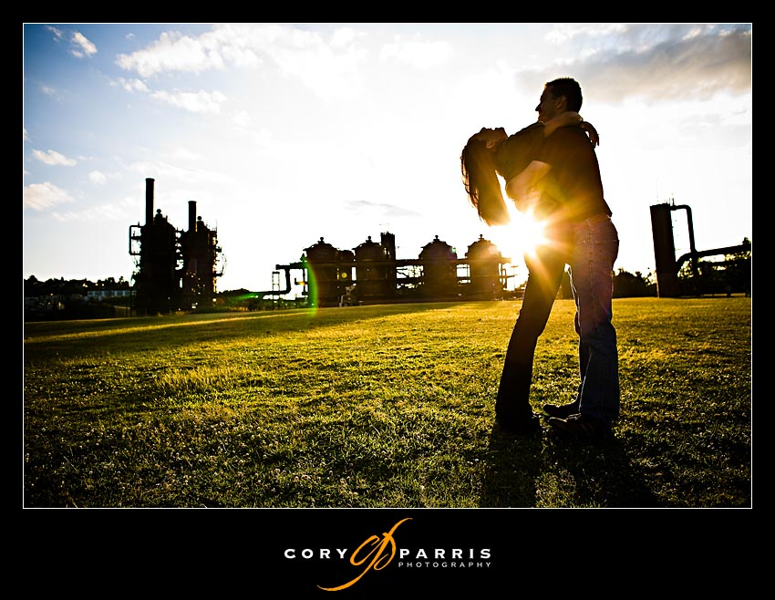 couple portrait at gasworks park in seattle as photographed by cory parris photography
