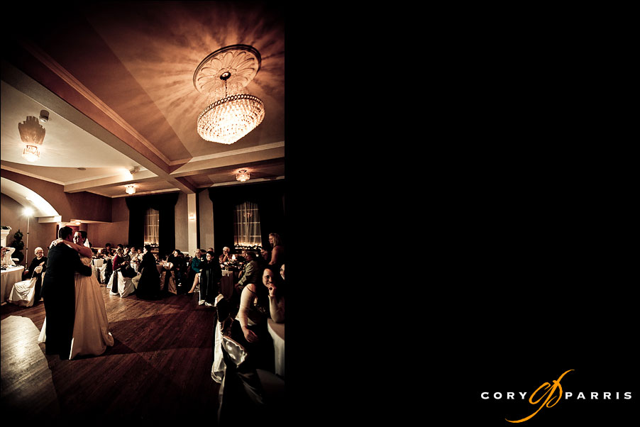 bride and groom's first dance by seattle wedding photographer cory parris