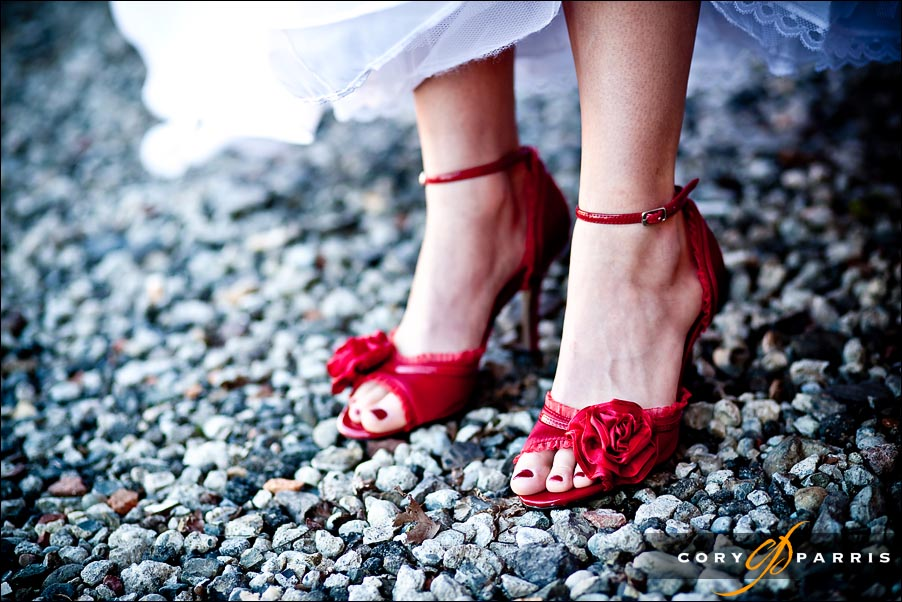 red wedding shoes by seattle wedding photographer cory parris