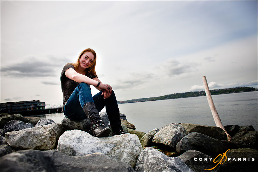 senior portrait of a girl on the seattle waterfront at myrtle edwards park
