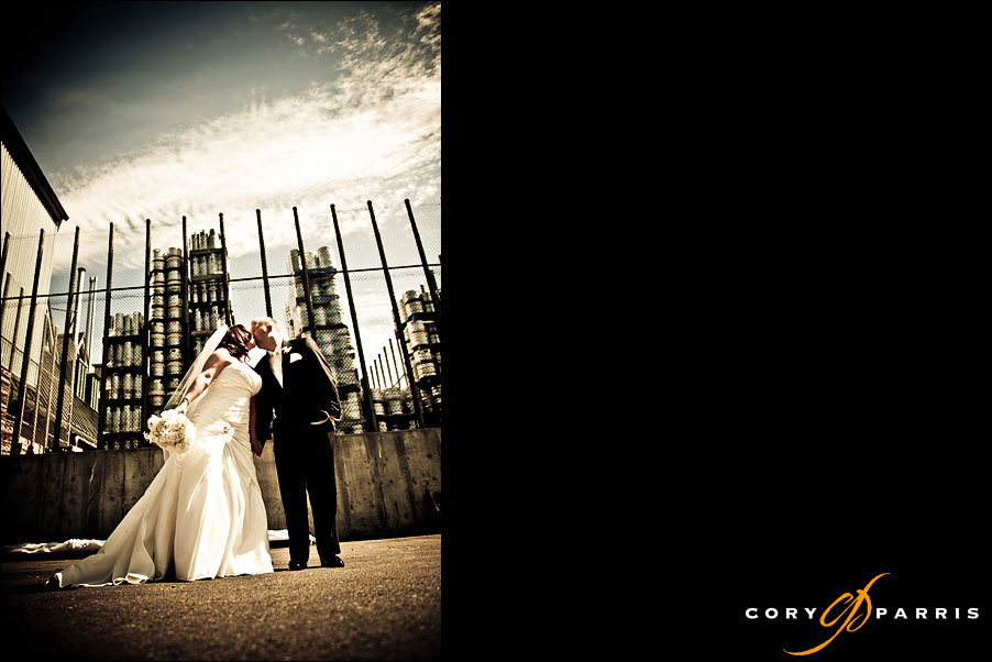 wedding portrait in woodinville at red hook