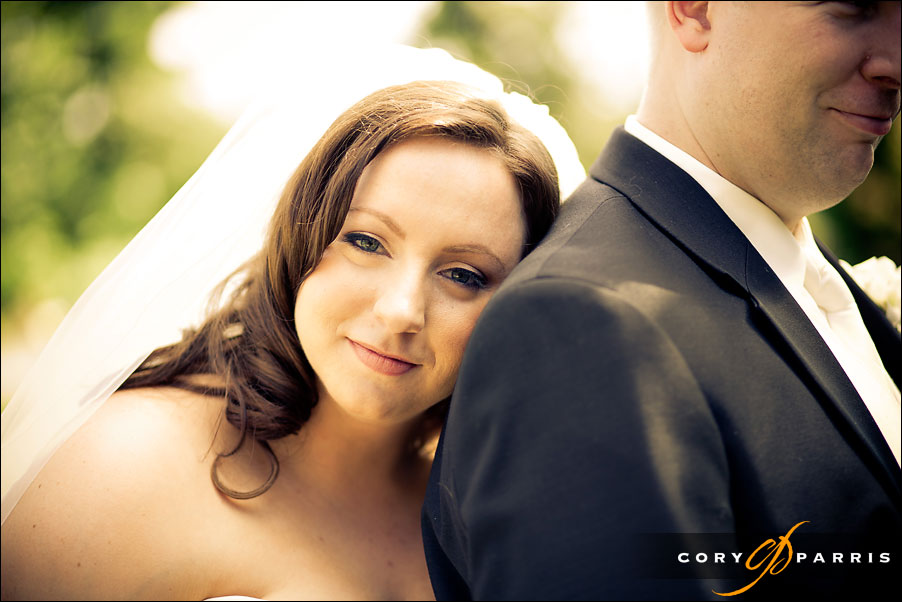 bridal portrait at willows lodge wedding by seattle photographer cory parris
