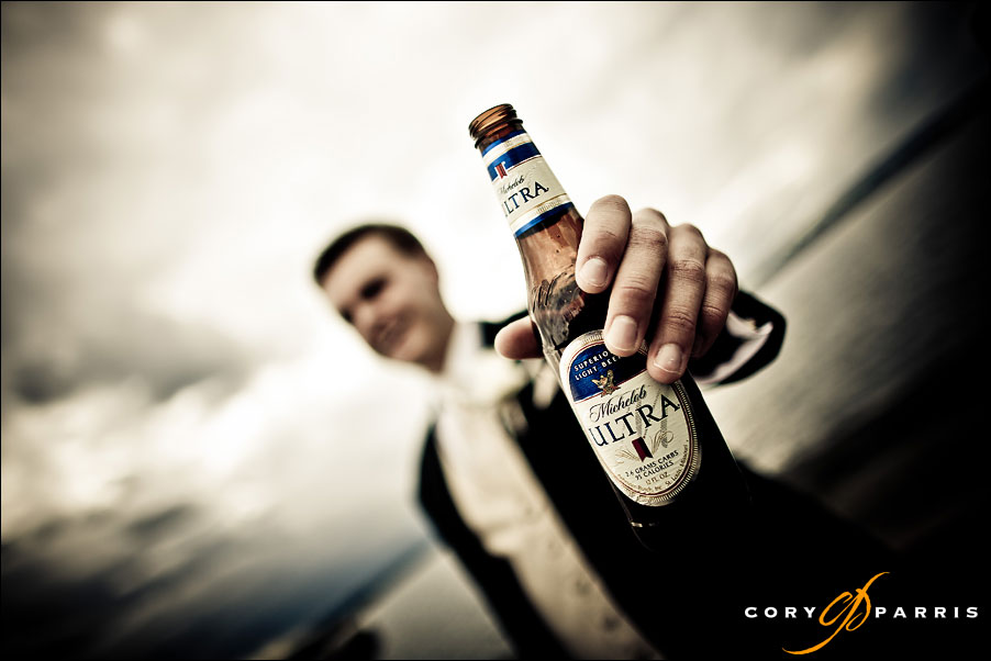 groom with a beer by seattle wedding photographer cory parris