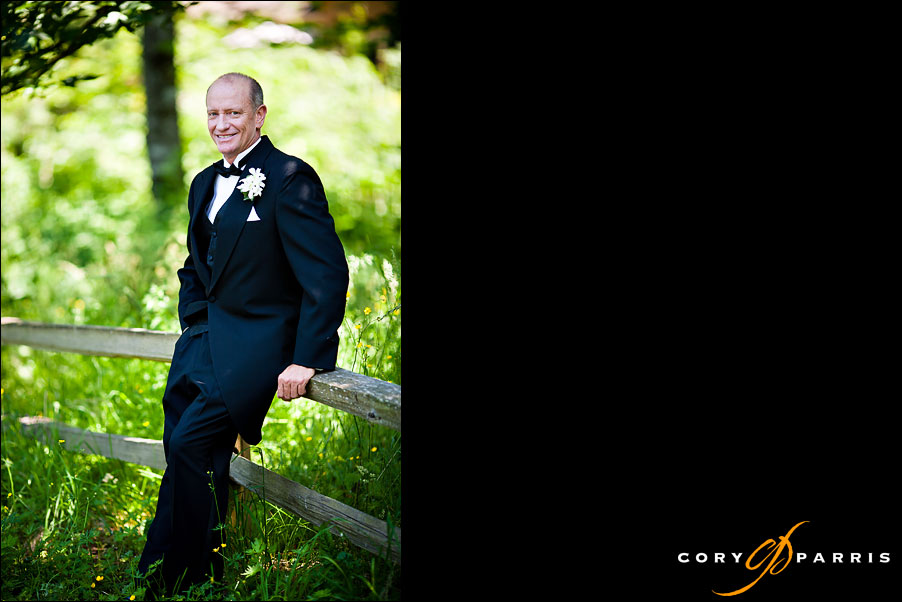 groom portrait by seattle wedding photographer cory parris