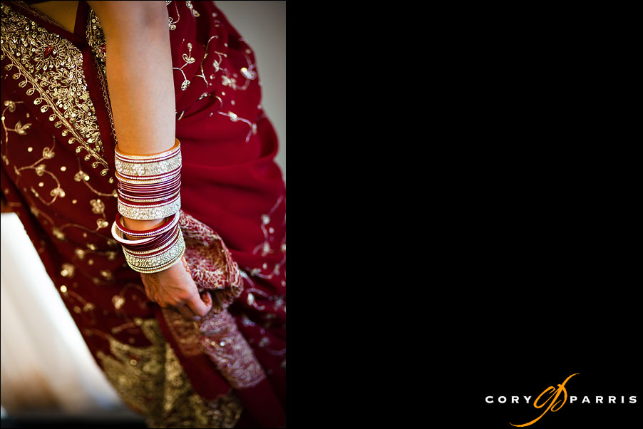 bangles and indian dress by seattle wedding photographer cory parris