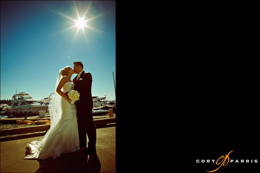 bride and groom portrait with the sun by seattle wedding photographer cory parris