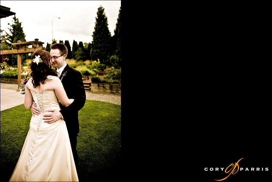 bride and groom seeing each other for the first time at willows lodge by seattle wedding photographer cory parris