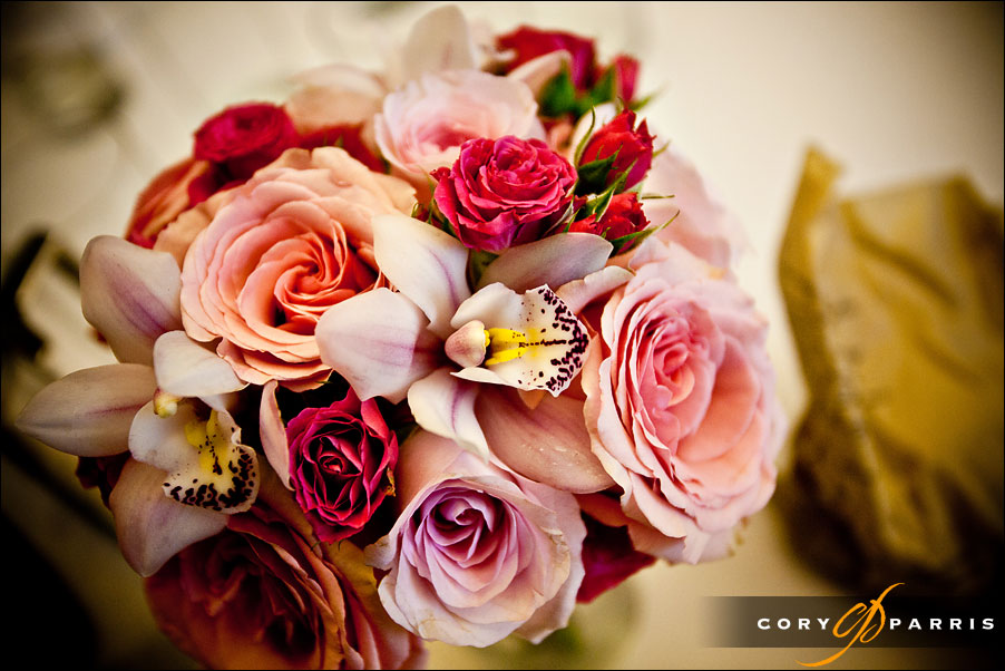 wedding flowers in pink and red by seattle wedding photographer cory parris