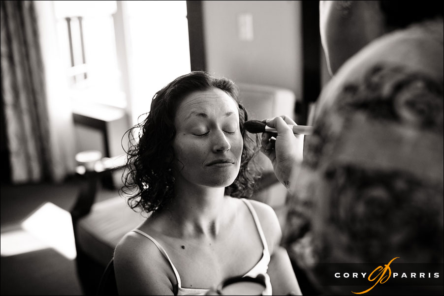 makeup getting ready bride by seattle wedding photojournalist cory parris